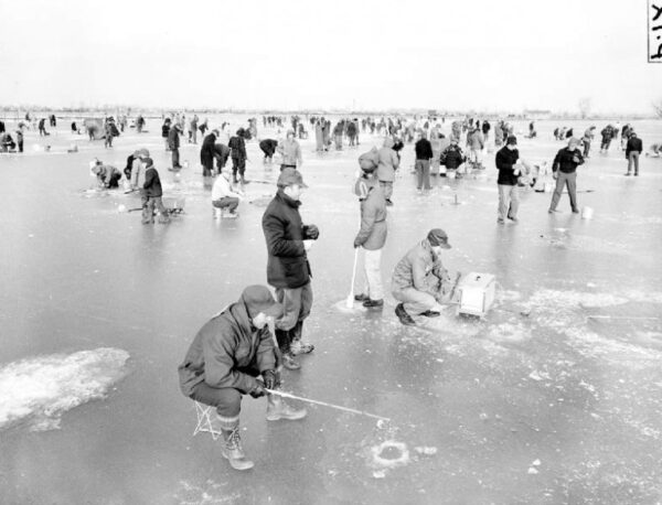 DEEP CARE Family Ice Fishing Workshop
