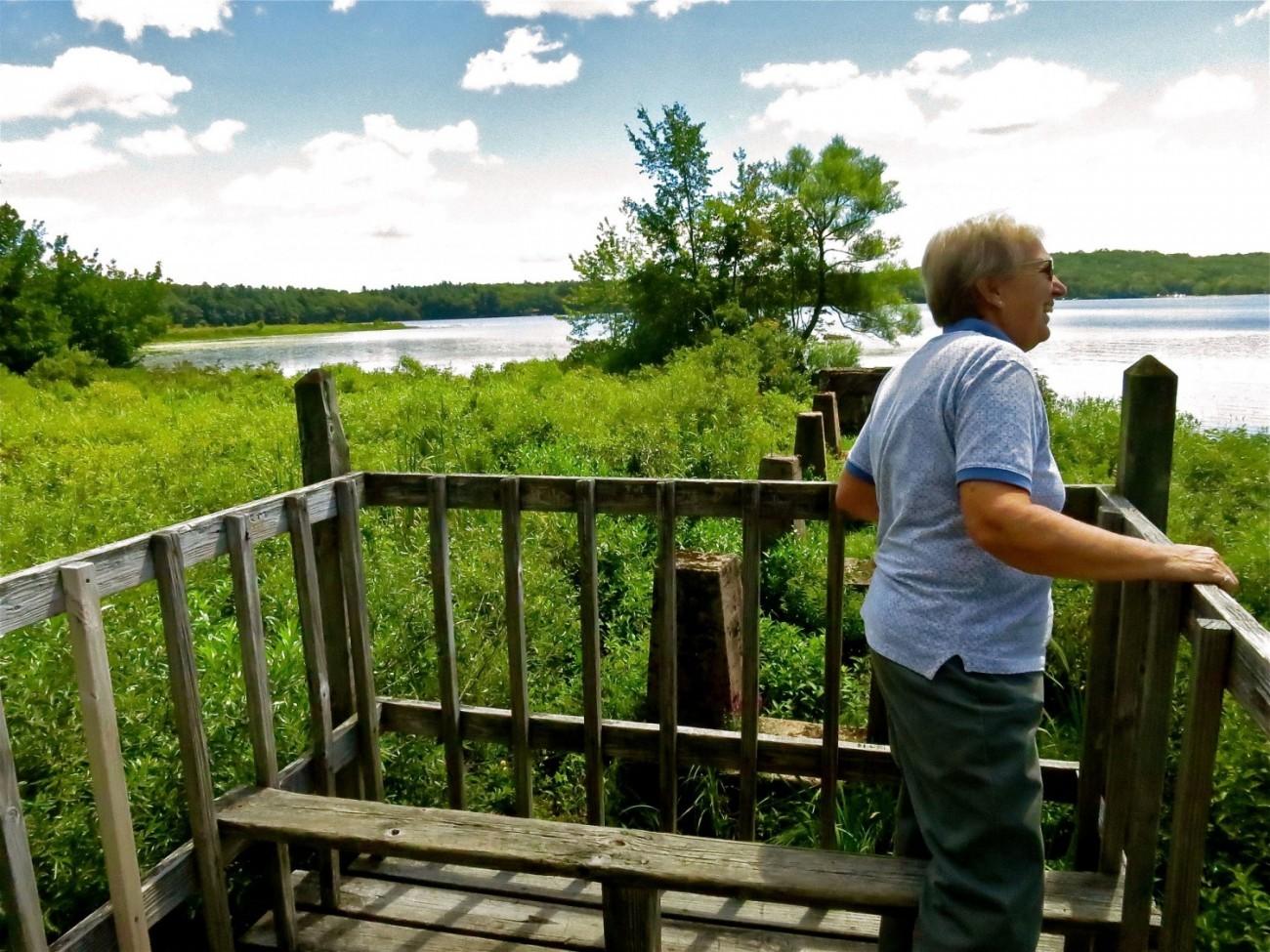 lake-trail