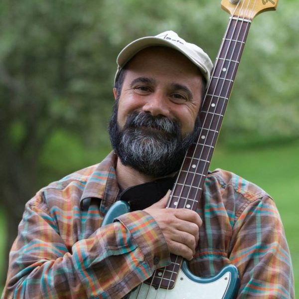 Live Concert and Contra Dance with Robert Messore's Wry Bred!