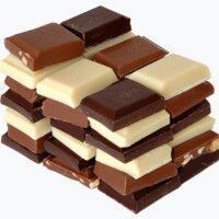 Chocolate_(blue_background)